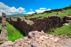 Cidade antiga no vale de Urubamba, peru fotografia de stock royalty free