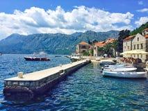 Cidade bonita de Perast, Montenegro fotos de stock royalty free