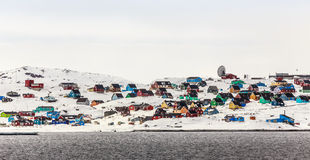 Cidade colorida de Aasiaat Imagem de Stock