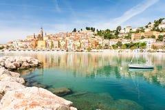 Cidade colorida de Menton no ` Azur da costa d em França sul Fotos de Stock