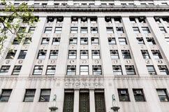 Cidade da construção do governo de New York foto de stock