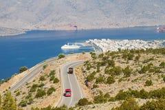 Cidade da estrada e do mar Imagem de Stock Royalty Free