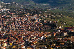 Cidade da montanha de Cammarata, Sicília, Itália Imagens de Stock