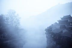 Cidade da névoa fotografia de stock royalty free