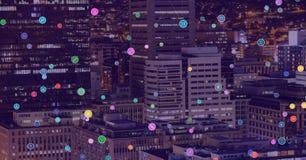 Cidade da noite com conectores foto de stock royalty free