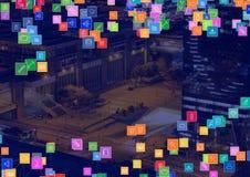 Cidade da noite com conectores foto de stock
