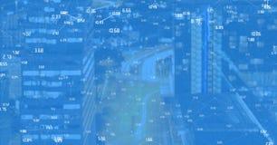 Cidade da noite com conectores fotografia de stock royalty free