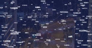 Cidade da noite com conectores imagem de stock royalty free
