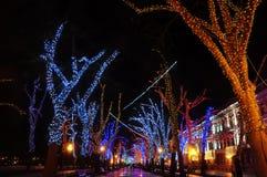 Cidade da noite da decoração do feriado Imagens de Stock Royalty Free