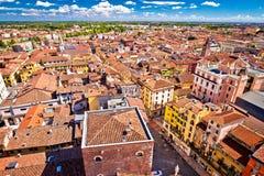Cidade da opinião aérea de Verona da torre de Lamberti Imagens de Stock