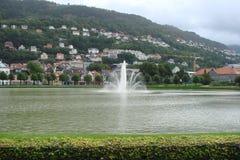 Cidade da peça de Bergen Northern da paisagem da cidade de Noruega da cidade escandinava Imagem de Stock