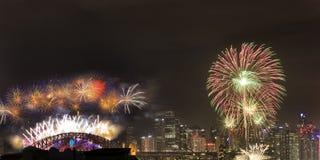 Cidade da ponte de Sydney Fireworks NY fotografia de stock