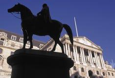 Cidade da rua de Threadneedle do Banco do Inglaterra de Londres Inglaterra Imagem de Stock