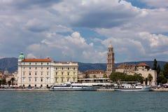 Cidade da separação na Croácia foto de stock