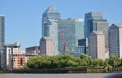A cidade da skyline de Londres - de Canary Wharf Imagens de Stock Royalty Free