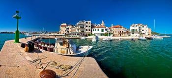 Cidade da vista panorâmica de Pirovac imagens de stock