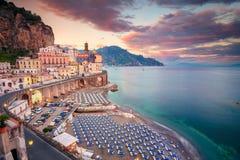 Cidade de Atrani, Itália fotos de stock