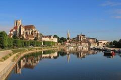 Cidade de Auxerre da arte e da história, França Imagens de Stock