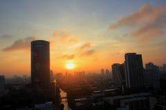 Cidade de Banguecoque no por do sol Imagens de Stock