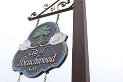 A cidade de Beachwood, Ohio, EUA assina fotos de stock