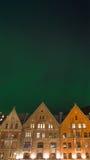 Cidade de Bergen sob a aurora boreal II Imagens de Stock Royalty Free