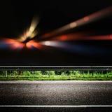 A cidade de Bokeh ilumina a estrada fotos de stock royalty free