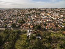 Cidade de Botucatu em Sao Paulo, Brasil imagem de stock