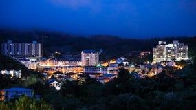 A cidade de Brinchang é centro de turismo em Cameron Highlands, Malásia fotografia de stock