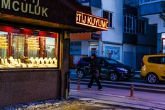 Cidade de Cinarcik na noite Imagens de Stock Royalty Free