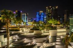 Cidade de Doha, Catar na noite Fotografia de Stock