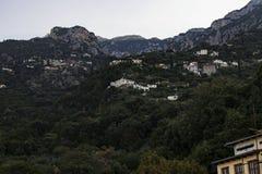 Cidade de Grécia no muntain Fotos de Stock Royalty Free