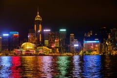 Cidade de Hong Kong na noite Imagens de Stock Royalty Free
