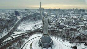 Cidade de Kiev - o capital de Ucrânia Kyiv Pátria da mãe, Kiev, Ucrânia video estoque