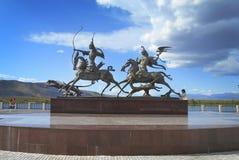 A cidade de Kyzyl Terraplenagem do Rio Ienissei Imagens de Stock Royalty Free