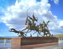 A cidade de Kyzyl Terraplenagem do Rio Ienissei Fotos de Stock Royalty Free