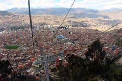 A cidade de La Paz pela gôndola Imagem de Stock Royalty Free
