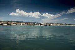 Cidade de Lixouri do porto imagens de stock royalty free