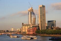 A cidade de Londres - construção de um arranha-céus Imagens de Stock