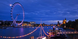 Cidade de Londres no crepúsculo Imagem de Stock