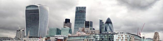 Cidade de Londres Panormama Skyline do distrito financeiro Diversos fecham construções do marco Fotografia de Stock Royalty Free