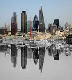 A cidade de Londres uma dos centros principais da opinião global de finance Esta vista inclui o pepino da torre 42, Willis Buildi Imagens de Stock