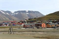 A cidade de Longyear em Svalbard Imagens de Stock Royalty Free