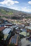 Cidade de Medellin em Colômbia imagem de stock