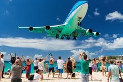 Cidade de Nairobi - aterrissagem em St Maarten o 20 de fevereiro de 2015 Imagens de Stock