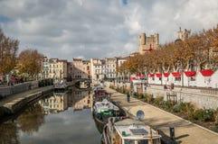 Cidade de Narbonne, em França Foto de Stock