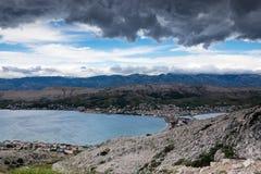 Cidade de Pag, ilha de Pag, Croácia, Europa fotografia de stock royalty free