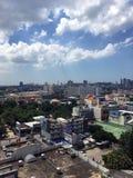 Cidade de Pattaya com céu azul Imagens de Stock