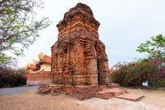 Cidade de Phan Thiet na noite Imagem de Stock