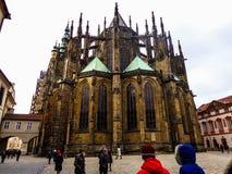 A cidade de Praga e o castelo foto de stock royalty free