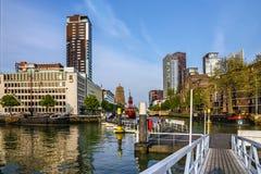 Cidade de Rotterdam em Países Baixos Arquitetura da cidade, Holanda Fotografia de Stock Royalty Free